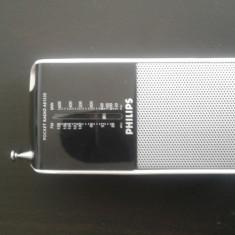 Radio portabil Philips cu baterii