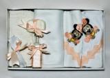 Trusou pentru botez, 7 piese Disney - baby Mickey / young Minnie Mouse