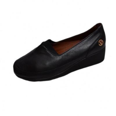 Pantof clasic din piele moale, culoare neagra, cu talpa plina foto