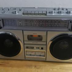 VINTAGE RADIO CASETOFON BOOMBOX LARSEN  TRC-918