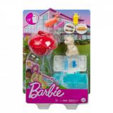 Set de joaca Barbie, Mobilier exterior si catelus, GRG76