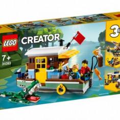 LEGO Creator 3 in 1, Casuta din barca 31093