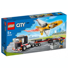 LEGO City - Transportor de avion 60289