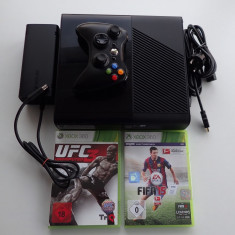Consola Microsoft Xbox 360 Slim Elite 250Gb impecabila completa jocuri FIFA UFC