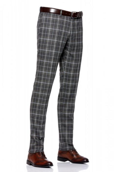 Pantaloni bărbați gri în carouri