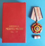 Ordinul Meritul Militar model 1970 Republica Socialista Romania medalie la cutie