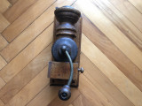 Rasnita veche rustica bavareza,din lemn