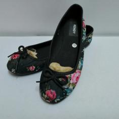 Papuci dama , balerini  , marime  39