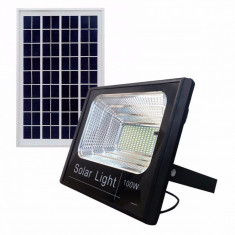 Proiector Solar Puternic LED 100 W + Panou Solar cu telecomanda si senzor lumina