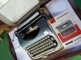 masina de scris REGINA transport gratis