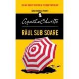 Cumpara ieftin Raul sub soare - Agatha Christie