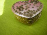 Frumoasa caseta de bijuteri in forma de inimioara