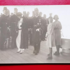 Regina Maria si principesa Ileana la bordul vaporului Iron Duke/13,5 x 8 cm