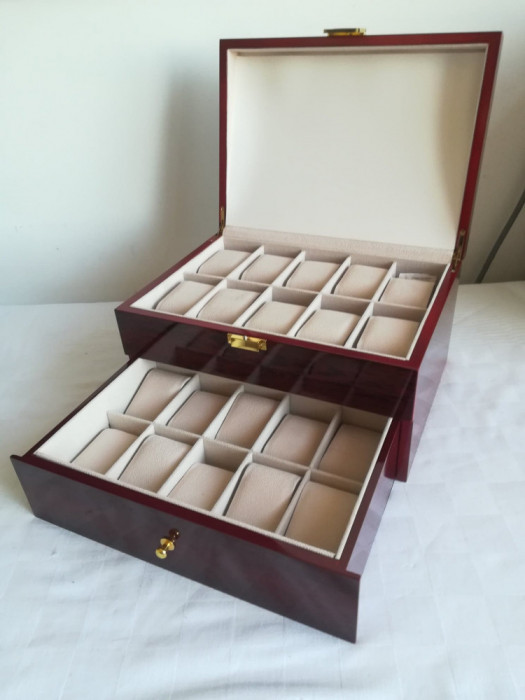 Cutie Caseta Depozitare pentru 20 Ceasuri lemn – cadoul ideal. SIGILAT!