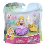 Jucarie Hasbro Disney Princess Small Doll Little Kingdom Aurora S Picnic Suprise