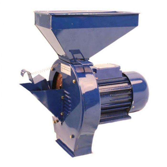Moara electrica pentru cereale si fructe Micul Fermier, 2500 W, 3000 rpm, 200 kg/h, 3 site, 16 ciocanele