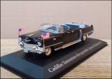 "Macheta Cadillac Limousine Decapotable ""Queen Elizabeth II"" (1959) 1:43 Norev"