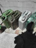 Canistre metalice pentru benzina sau alt combustibil