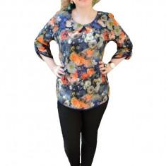 Bluza masura mare, bleumarin, cu imprimeu de flori multicolore