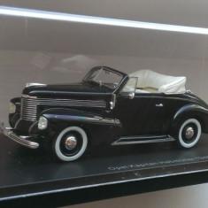 Macheta Opel Kapitan Hebmuller Cabriolet 1940 - NEO 1/43