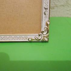 Superba RAMA din ALAMA pentru fotografii 16 x 12 cm , sticla bombata