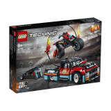 LEGO® Technic - Camion si motocicleta pentru cascadorii (42106)