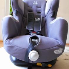 Scaun de masina pentru copii Bebe Confort + Marsupiu Chicco, 1 (9-18 kg), In sensul directiei de mers, Isofix