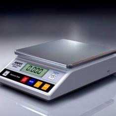 Cantar electronic de laborator cu platou inox - AM 5000g x 0.1g