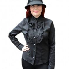 Camasa fashion, nuanta de negru, cu model creponat si nasturi chic
