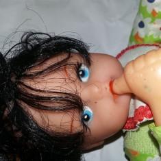 papusa veche,baby doll,de colectie,papusa vintage cu chitaitoare,T.GRATUIT
