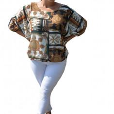 Bluza vaporoasa Melinda, imprimeu vintage cu motive tip baroc, pe fond alb