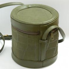 Geanta rotunda / cilindrica vintage