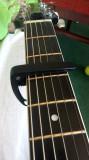 Capodastru chitara +suport pentru pene