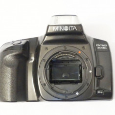 Aparat foto cu film Minolta Dynax 300si body - defect