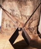 Presa veche metalica cu stante - datata 1916 - Hanni Fritsch - Muhlbach - Sebes