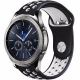 Cumpara ieftin Curea ceas Smartwatch Samsung Gear S3, iUni 22 mm Silicon Sport Black-White
