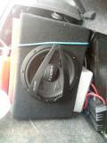 Subwoofer+ amplificator+ kit cabluri