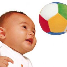 Prima minge a bebelusului
