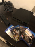 Consola PS4 + 2 Controllere + incarcator controllere + stand +4 jocuri