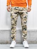 Cumpara ieftin Pantaloni joggers bărbați camuflaj-bej Bolf 0367