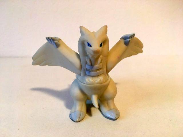 Jucarie Nintendo Pokemon Bandai 2010, dragon, cauciuc, figurina, 7x10cm