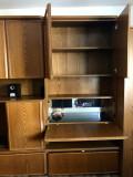 Vand mobila de sufragerie din lemn masiv