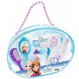 Cumpara ieftin Jucarie Smoby Gentuta cosmetica Frozen cu accesorii