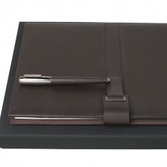Set Pure Leather Brown Hugo Boss si Cravata Matase