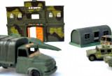 Lot figurine si masinute militare din plastic dupa 1990