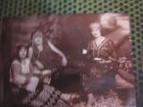 costume vechi si fetita in port national cu mandolina c acte