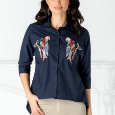 Camasa bleumarin cu papagali din paiete colorate