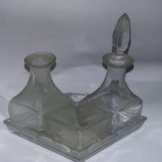 arta sticlarie vechi,serviciu masa sticla masiva superb,de colectie,T.GRATUIT