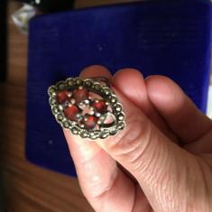 inel argint 925 cu pietre roșii