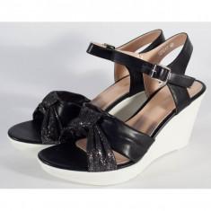Sandale negre cu platforma (cod 029217)